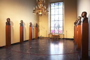Portraits cast in bronze at the Ostrobothnian Museum's Memorial Hall